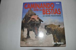 CAMINANDO ENTRE LAS BESTIAS